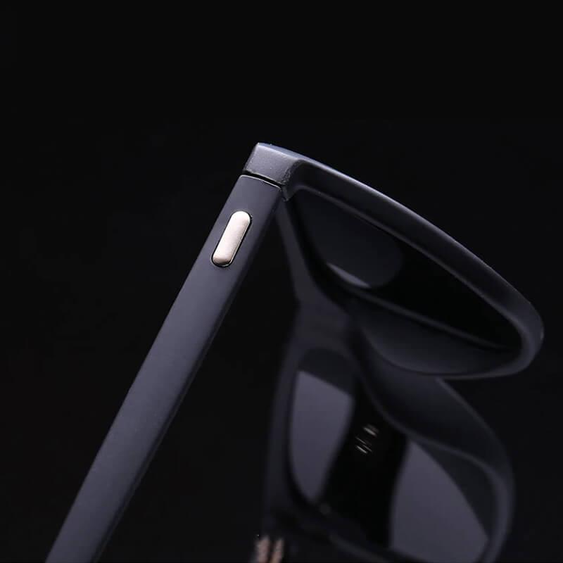 Polarizirana sončna očala črne barve