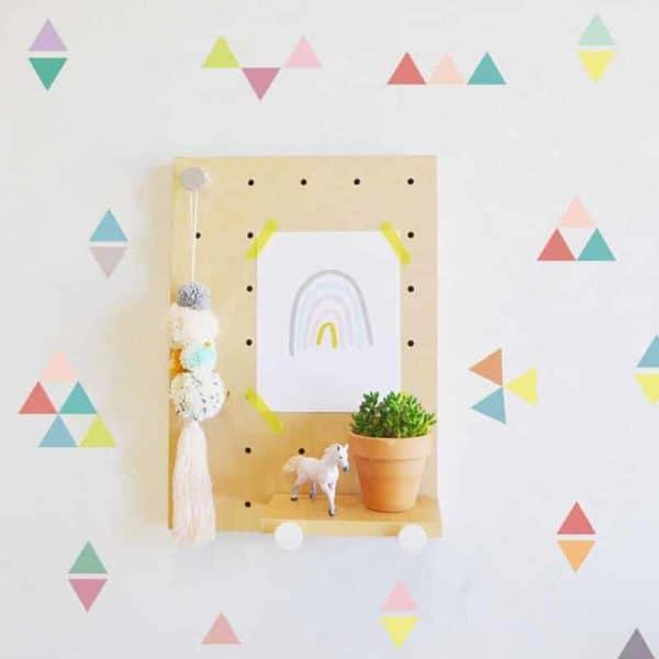 nalepke za otroško sobo trikotniki