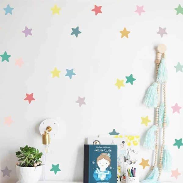 nalepke za otroško sobo zvezdice barvne