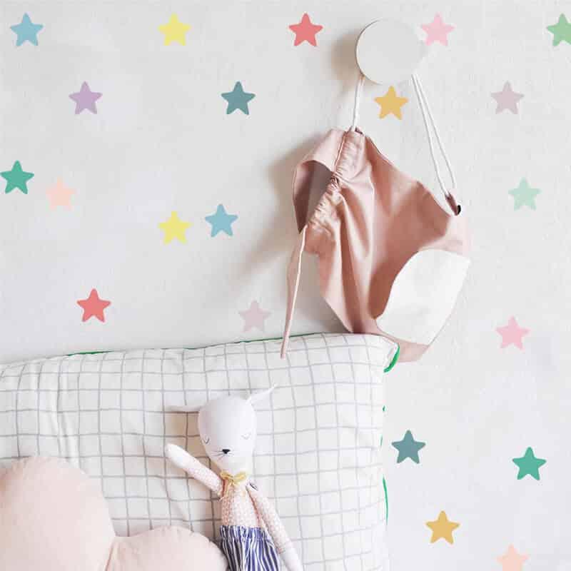 stenske nalepke za otroško sobo barvne zvezde