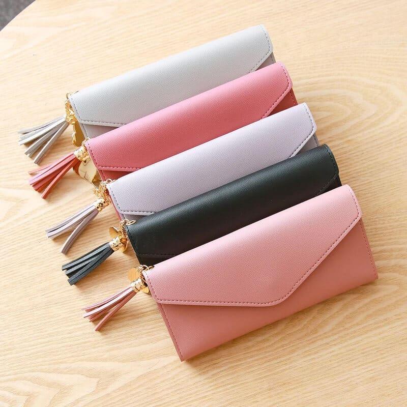 ženske denarnice različnih barv