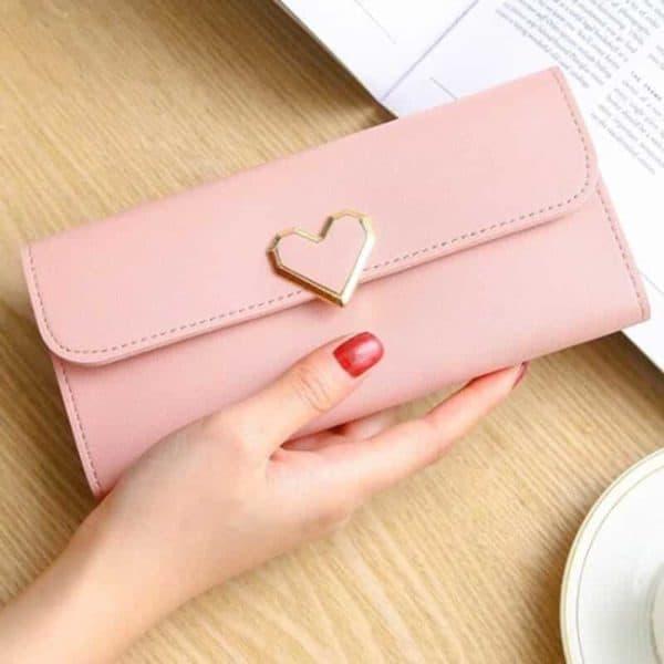 denarnica s srcem akcija