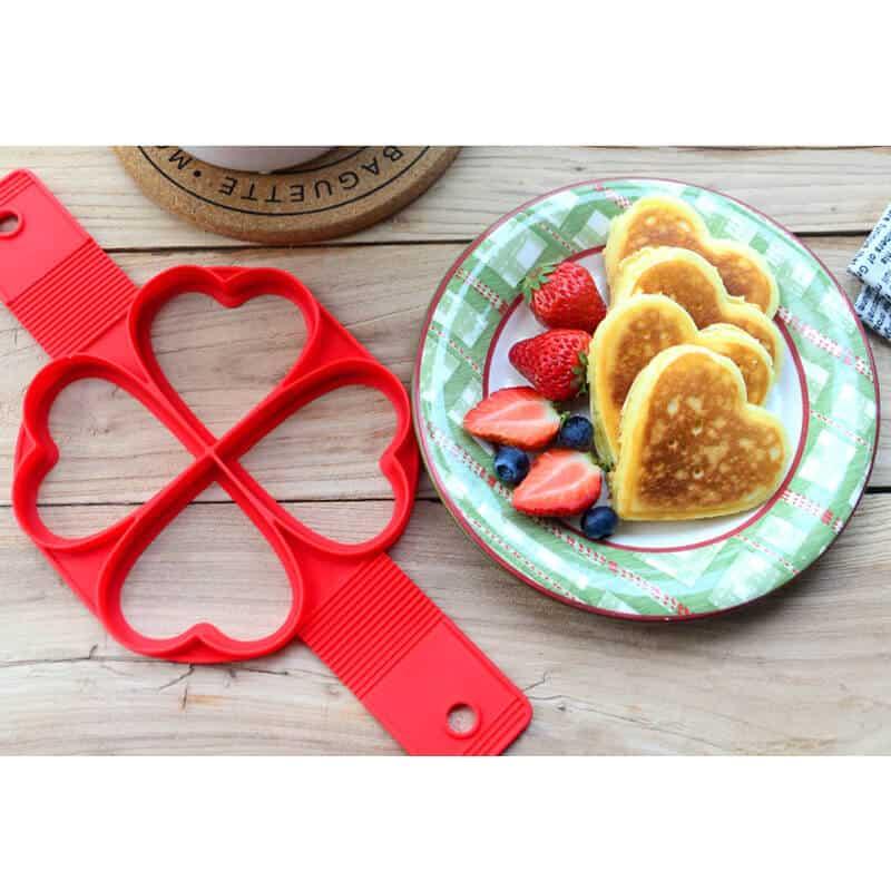 silikonski model za peko palačink srce