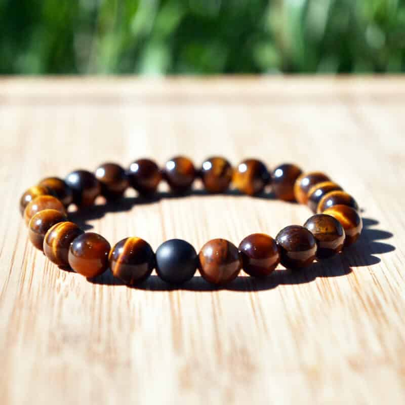 zapestnica iz naravnega lesa meditacija