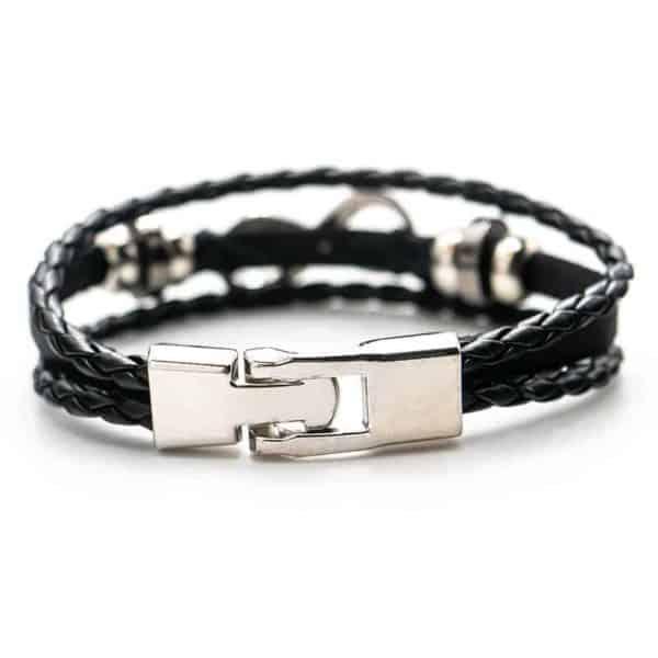 zapestnica infinity srebrne barve s črnim pasom