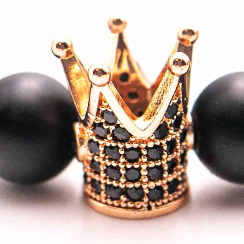zlati obesek zapestnice crown