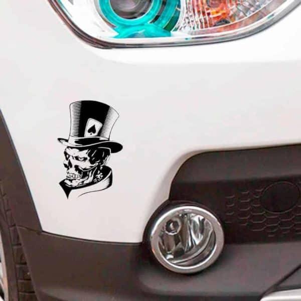 nalepka za avto klobuk in lobanja s karto