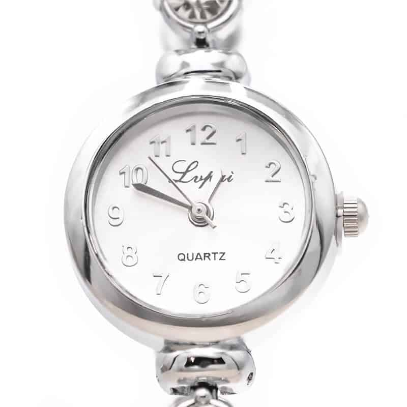 srebrna ročna ura za ženske trendna