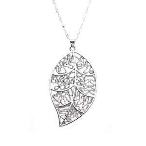 srebrna verižica listje