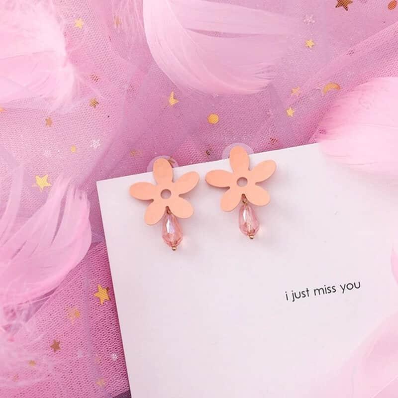 ženski modni uhani v obliki rože s kristalom