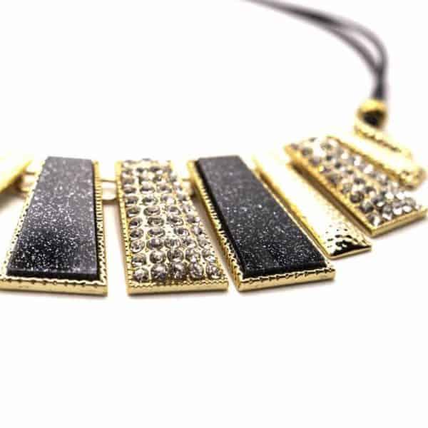 črna ogrlica za ženske elegantna