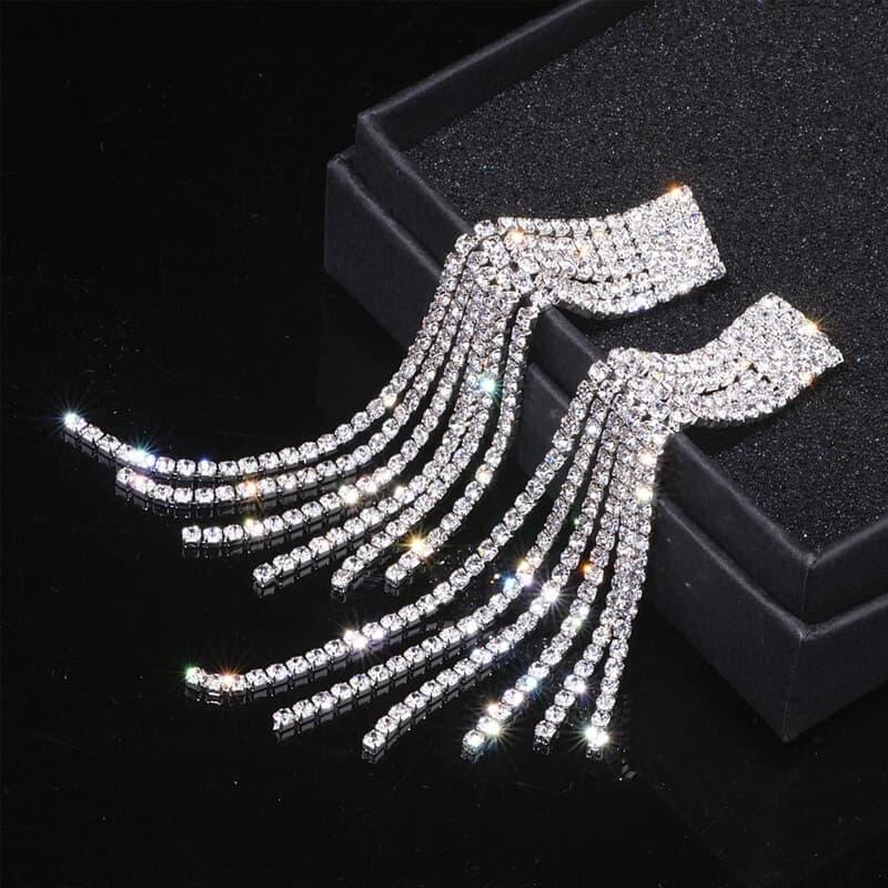 diamantni viseči uhani srebrni