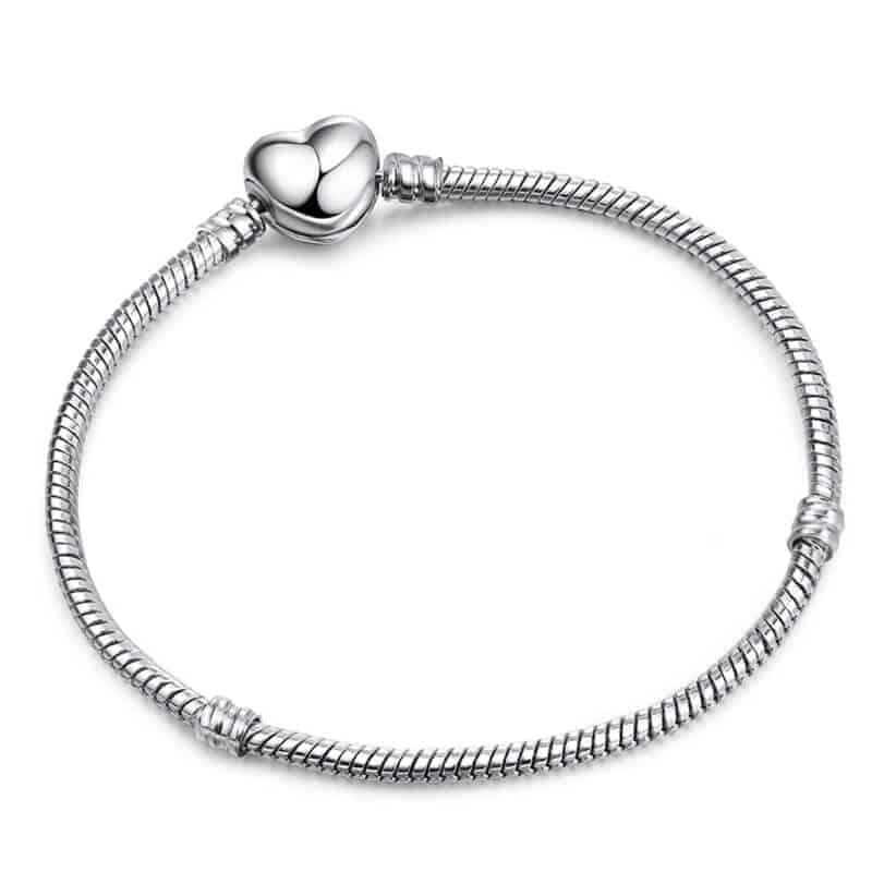 pandora zapestnica srebrne barve srce