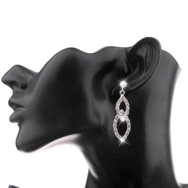 poročni uhani z diamanti
