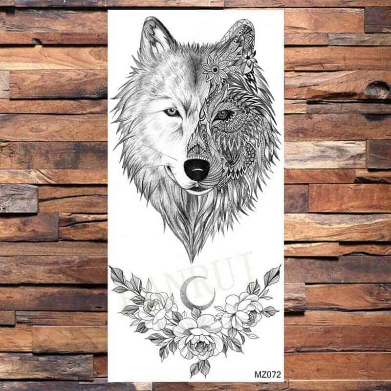 Tattoo volk s prekrasnimi vrtnicami