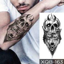Začasni tattoo lobanja in volk