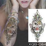 Začasni tattoo lobanja s cvetom