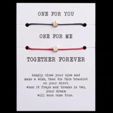 Zapestnice za zaljubljene one for you one for me