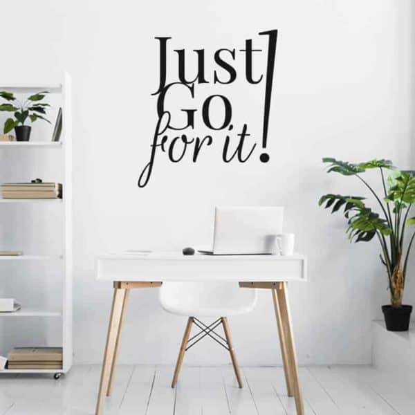 motivacijske stenske nalepke just go for it