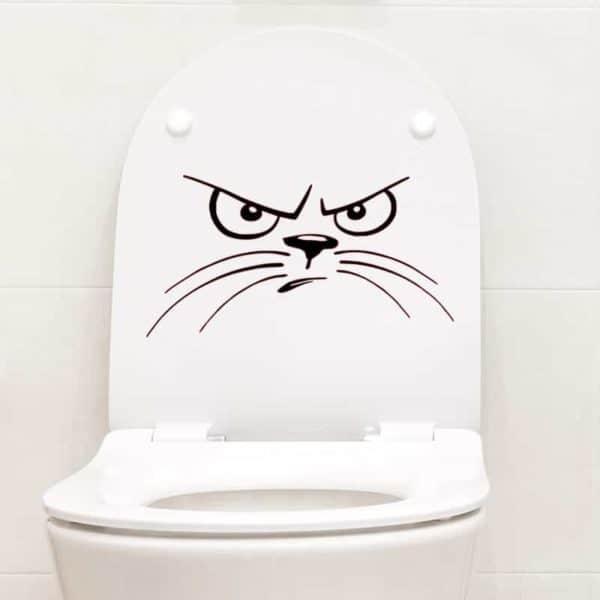 nalepka wc pokrov huda mačka