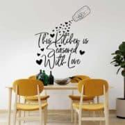 nalepka za steno This kitchen is seasoned with love