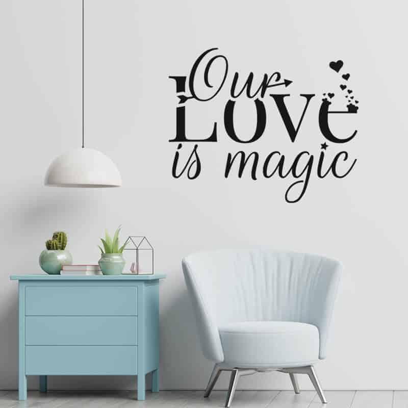 stenska nalepka our love is magic