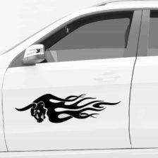 Nalepka za avto bik v plamenih