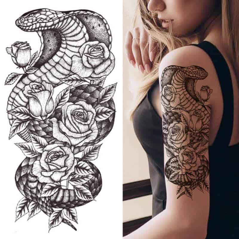 Mogočna kobra z vrtnicami