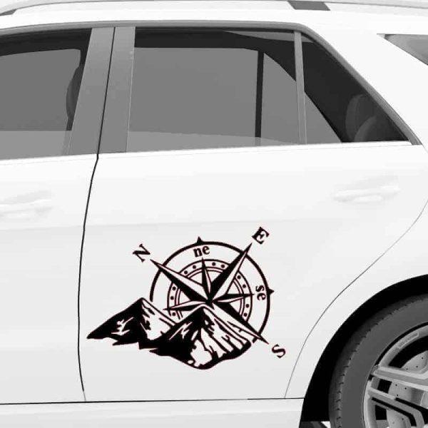 kompas nalepka za avto