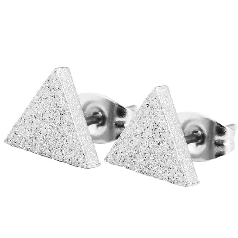 uhani za ženske trikotnik